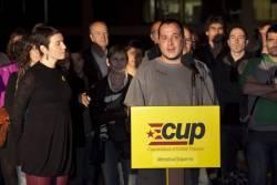 David Fernàndez acompanyat de la resta de candidats de la CUP-AE