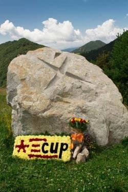 Monòlit dedicat a Xirinacs