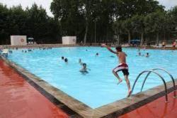 La CUP-Crida per Girona reclama l'ús del català a les piscines municipals (Imatge: CUP Girona)