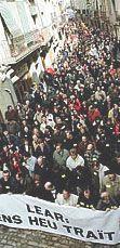 2002 Manifestació a Cervera contra el tancament de Lear