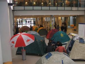 Acampada a la Universitat Jaume I de Castelló de la Plana
